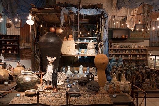 村上隆のスーパーフラット現代陶芸考展